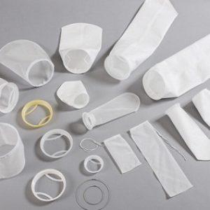Las bolsas de filtro son ideales para prácticamente cualquier aplicación de filtración de líquidos de proceso que requiera la eliminación de sólidos. Las bolsas de filtro se utilizan ampliamente en la industria, tintas, pinturas y revestimientos y en las industrias de alimentos y bebidas.